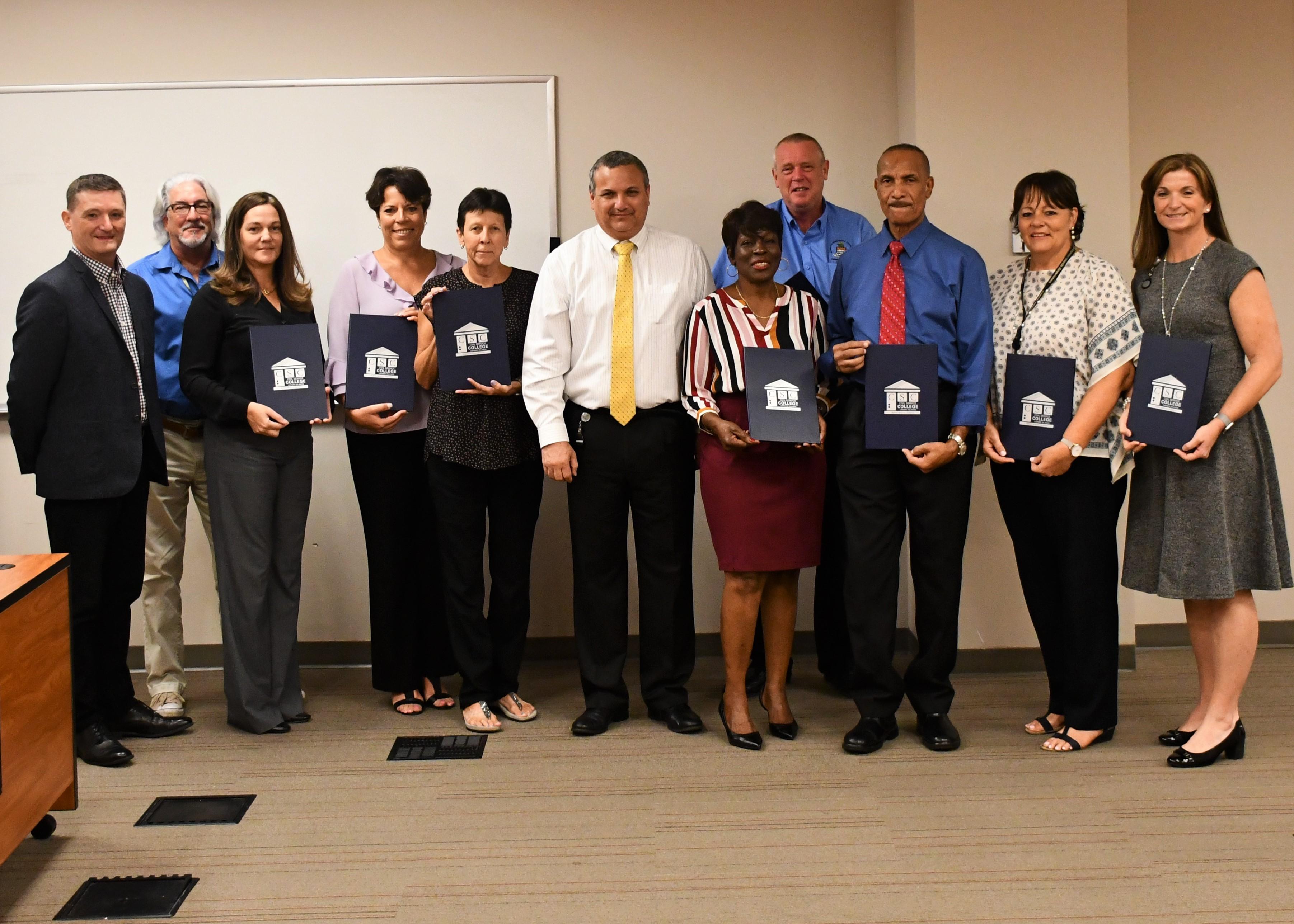 Cayman Civil Service Leaders In Development Ieyenews